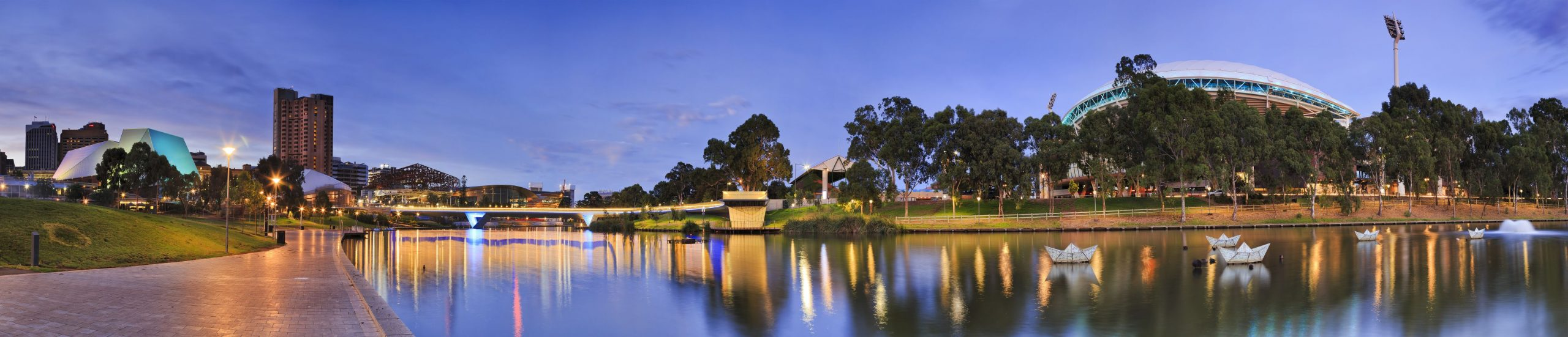 Panorama,Of,Adelaide,City,Centre,Over,Torrens,River,At,Sunrise.